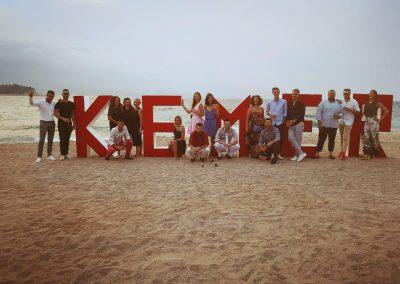 Advertise me part pour son séminaire annuel à Kemer, en Turquie.